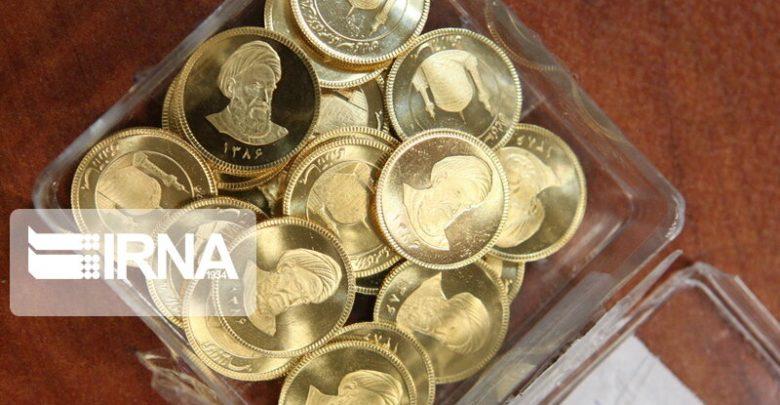 مدیریت نرخ دلار به جای تعطیلی بازار گواهی سپرده سکه