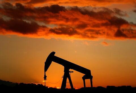 کاهش بهای نفت در نخستین روز اجرایی شدن توافق اوپک