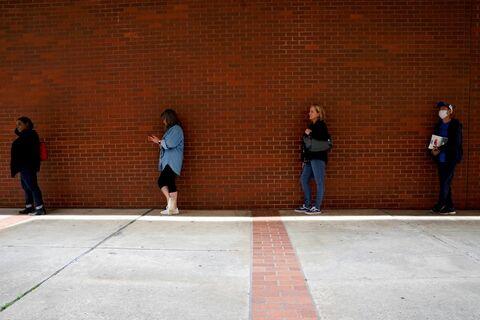 وزیر خزانهداری آمریکا: نرخ بیکاری وخیمتر خواهد شد
