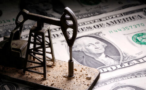 تقویت دلار و کاهش ۵درصدی بهای نفت تازهترین پیامد تنش واشنگتن-پکن