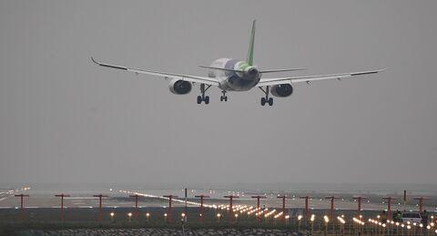 ضرر ۴.۹ میلیارد دلاری صنعت هوانوردی چین در سه ماهه دوم سال