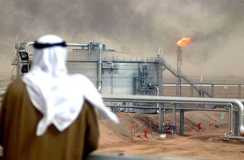 صادرات نفت ریاض در ماه مه ۴۱.۲ درصد کاهش یافت