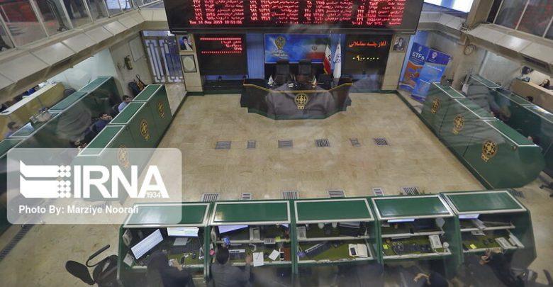 کاهش نوسان معاملات بورس به ۲ درصد تکذیب شد