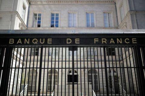 فعالیت اقتصادی فرانسه ۷ درصد کمتر از سطوح معمول