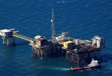 کاهش ۱۳ درصدی تولید نفت خام دریایی آمریکا متاثر از طوفان استوایی