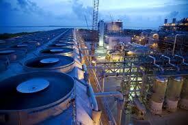 ایران پیشبرد پروژههای نفتی را دنبال میکند